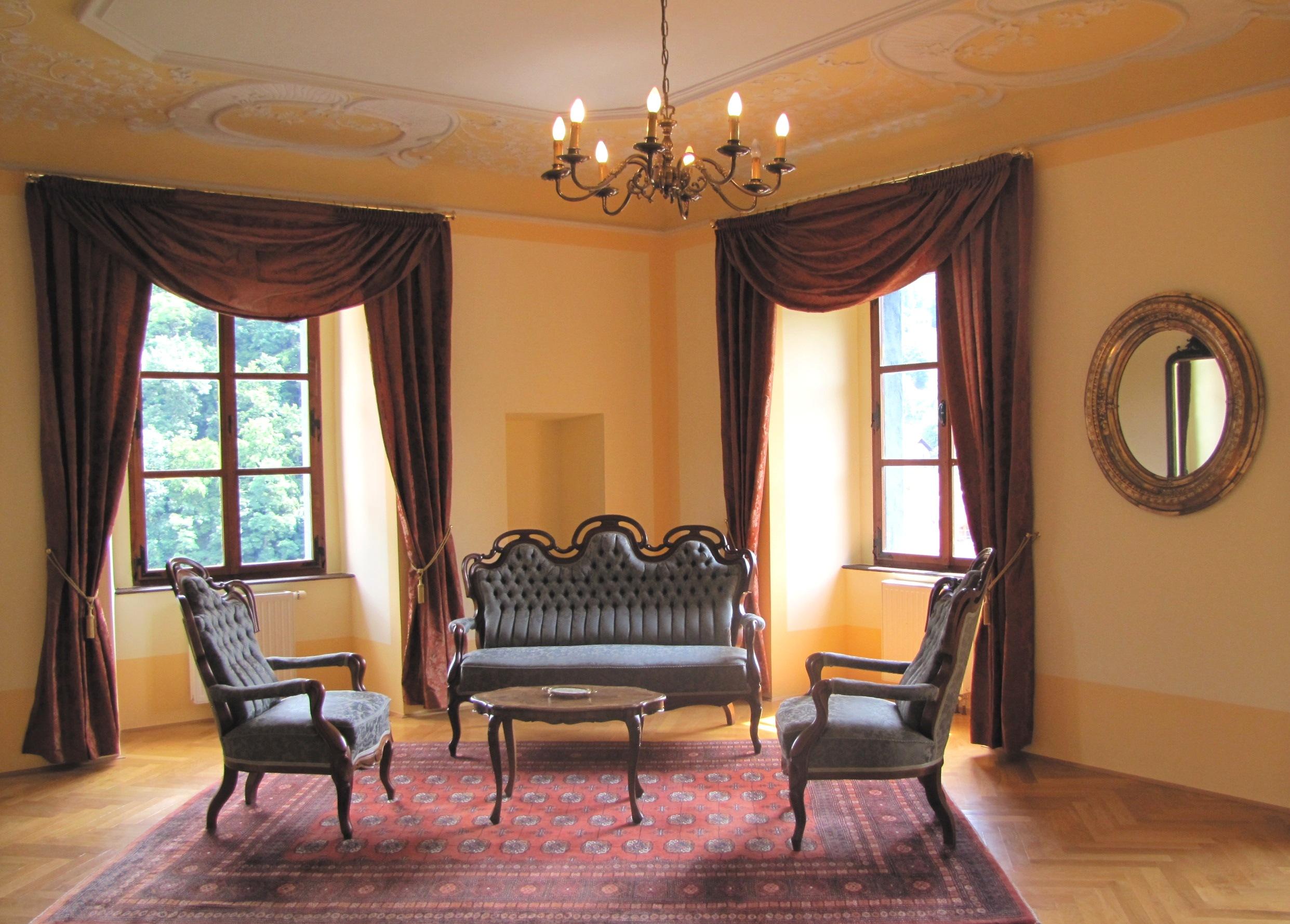 10 - Baročna grajska sprejemnica_Dvorec Strmol, Rogatec