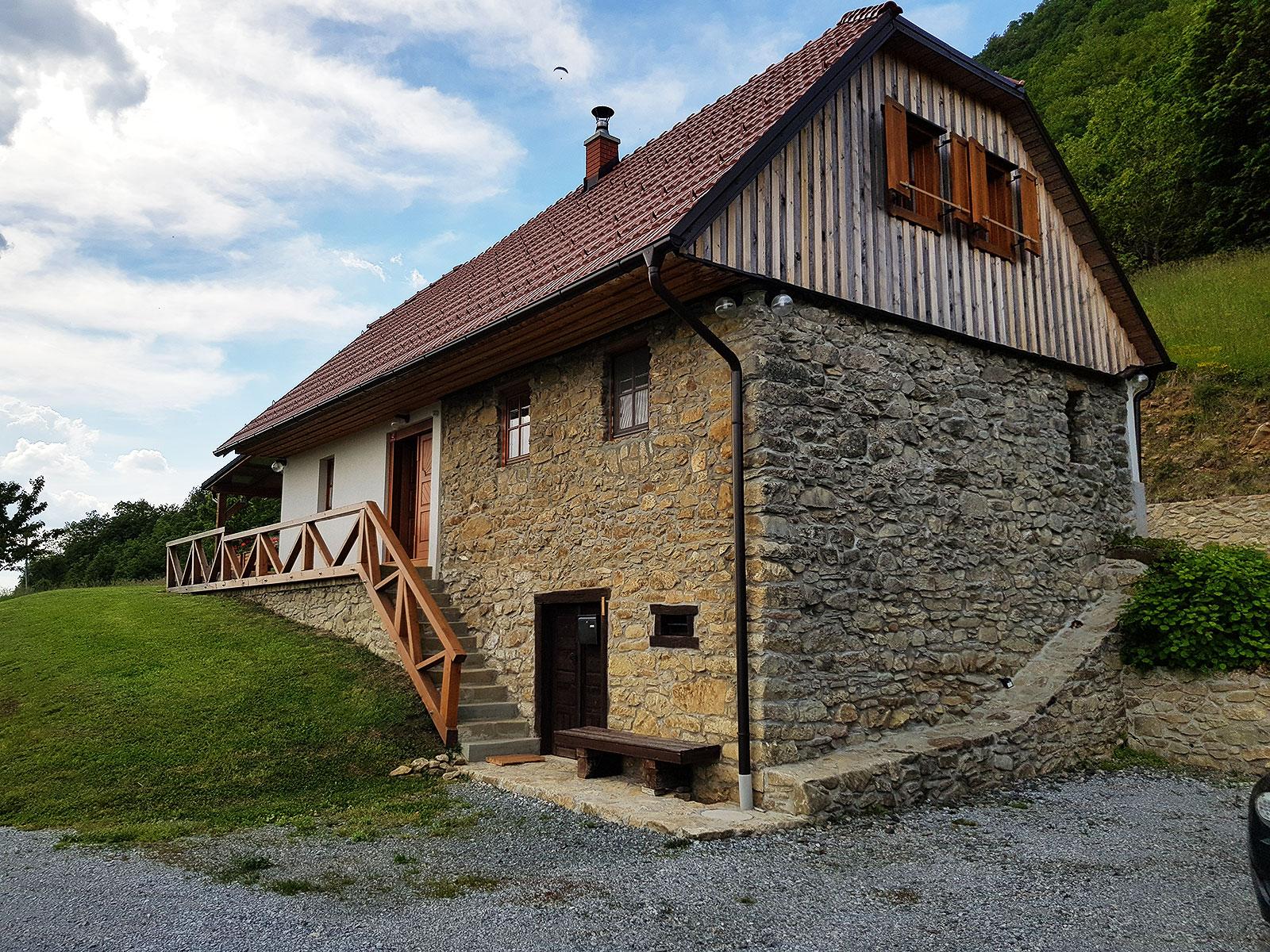 Kmetija pri svetem Donatu Donačka gora